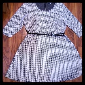 Ny collection black and white dress